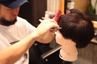 【薄毛カバー】進行するM字ハゲをカットとヘアスタイルでカバー!